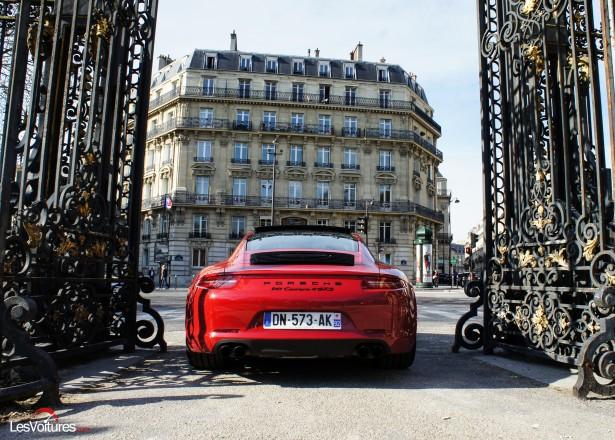 Porsche-911-Carrera4-GTS-14