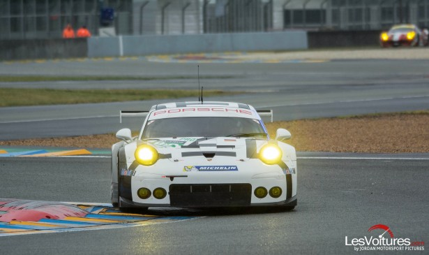 24-Heures-du-Mans-2015-Hours-of-le-test-day-journee-test-Porsche-911-rsr-piste
