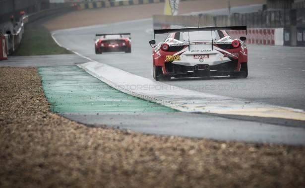GT-Tour-Le-Mans-Bugatti-2015-Ferrari-sport-garage