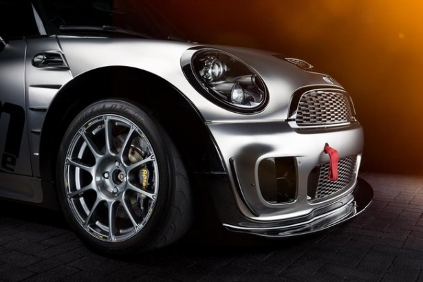 Krumm-Performance-donne-Mini-John-Cooper-Works-jcw-2015-5