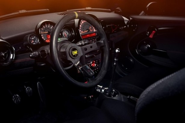 Krumm-Performance-donne-Mini-John-Cooper-Works-jcw-2015-7