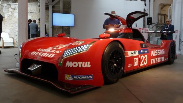 Nissan-Motorsport-lm-gt-r-nismo-lmp1-Le-Mans-2015-12