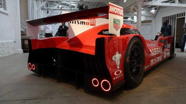 Nissan-Motorsport-lm-gt-r-nismo-lmp1-Le-Mans-2015-23