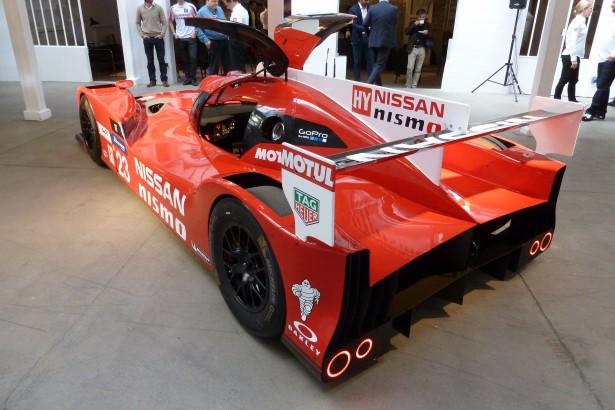 Nissan-Motorsport-lm-gt-r-nismo-lmp1-Le-Mans-2015-9