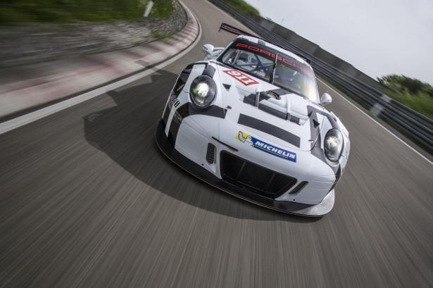 Porsche -911-GT3-R-2016-3