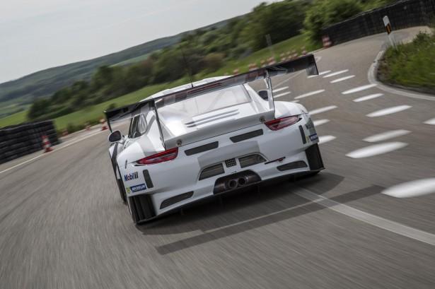 Porsche -911-GT3-R-2016-4