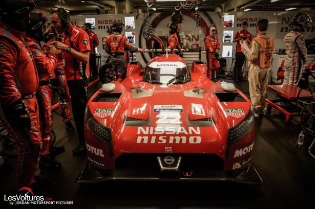 24-Heures-du-Mans-2015-photos-nissan-gt-r-lm-nismo-stand
