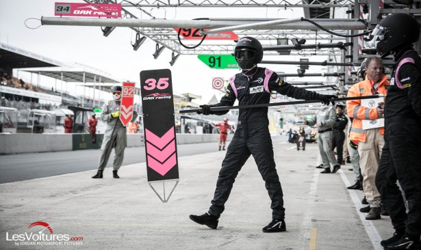 24-Heures-du-Mans-Test-day-2015-pit-lane