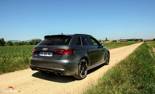 audi rs 3 sportback l 39 essayer c 39 est l 39 adopter les voitures. Black Bedroom Furniture Sets. Home Design Ideas