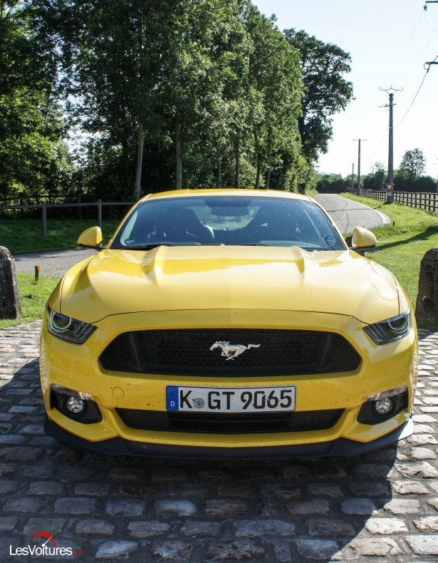 Ford-Mustang-12