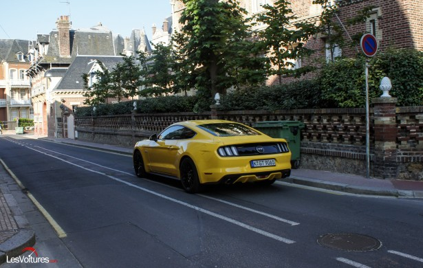 Ford-Mustang-21