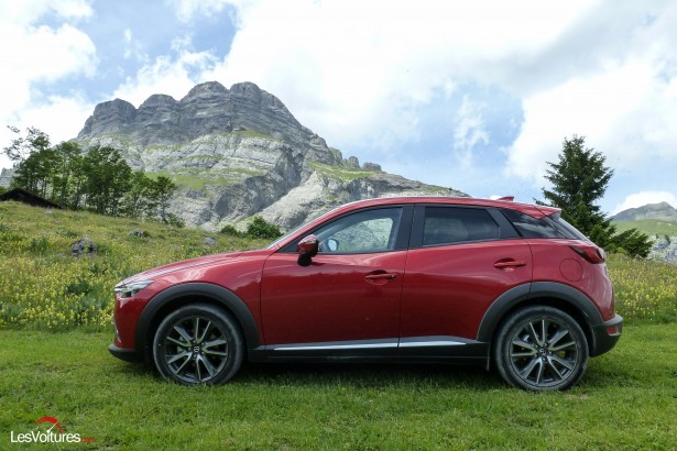 mazda cx 3 crossover ascensionnel essai les voitures. Black Bedroom Furniture Sets. Home Design Ideas