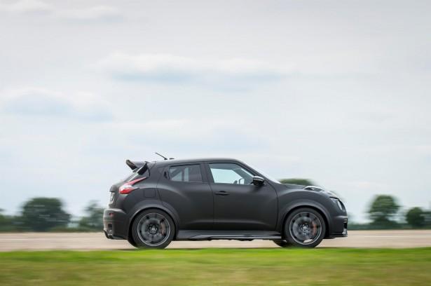 Nissan-Juke-R-2-0-3