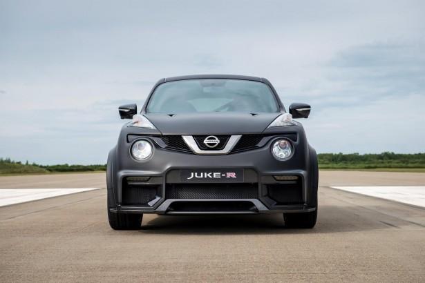 Nissan-Juke-R-2-0-9