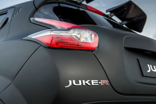 Nissan-Juke-R-2-1