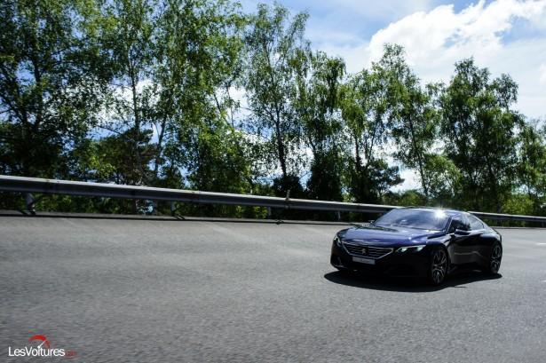 Peugeot-concept-car-2