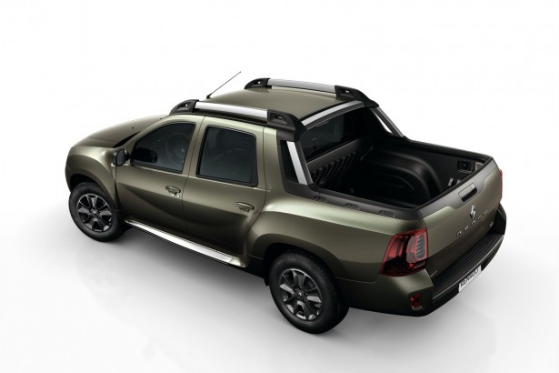 Renault-Duster-Oroch-2015-2