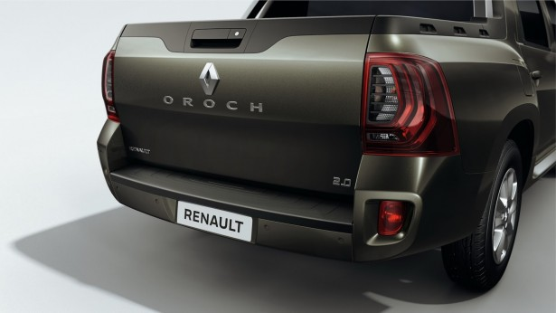 Renault-Duster-Oroch-2015-4