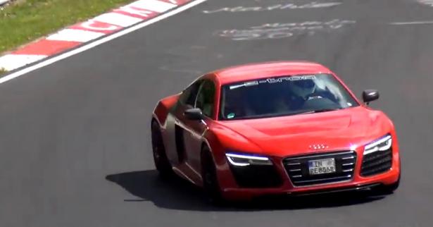 Vidéo : l'Audi R8 e-tron en essai au Nürburgring !