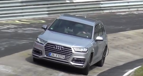 video-crash-audi-q7-nurburgring