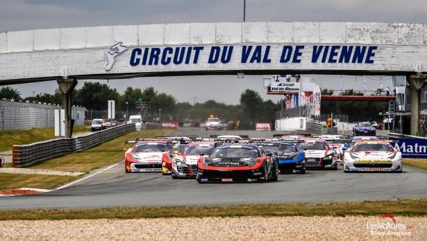 GT-Tour-2015-Le-Vigeant-départ
