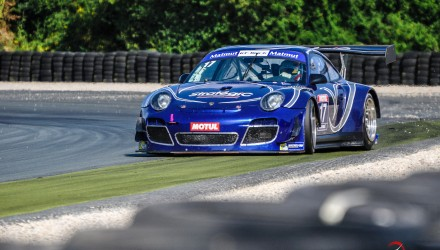 GT-Tour-FFSA-Le-Vigeant-2015-StrategiC-911-GT3-R