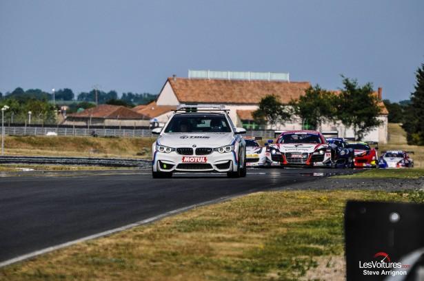 GT-Tour-FFSA-Le-Vigeant-2015-safety-car-bmw