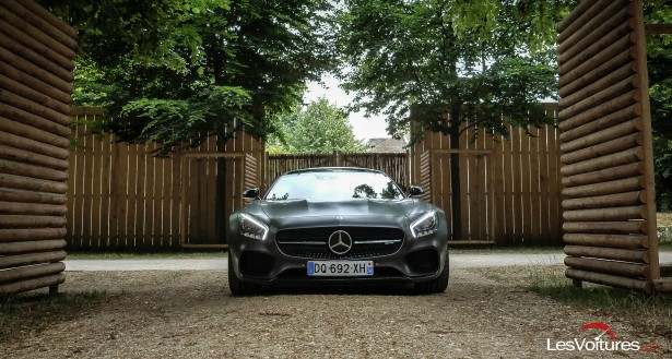 Mercedes-AMG-GT-S-pack-carbone-amg-8
