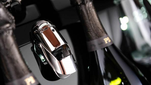 aston-martin-rapide-s-dom-perignon-champagne-2015-10
