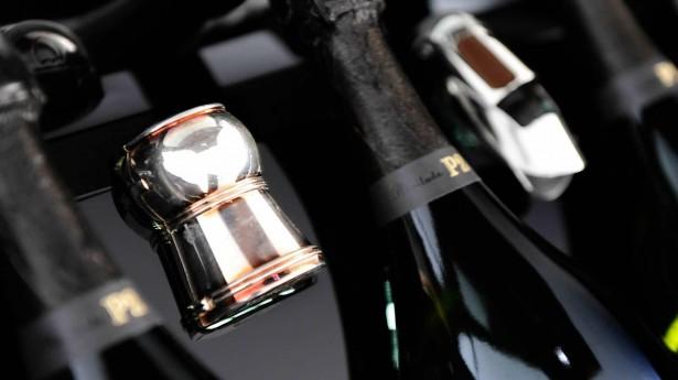 aston-martin-rapide-s-dom-perignon-champagne-2015-3