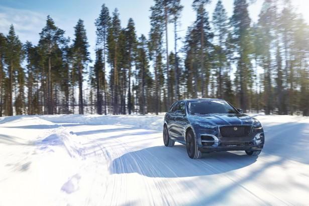 Jaguar F-Pace : le futur crossover en tests de +50°C à -40°C !