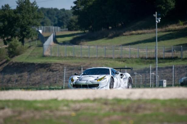 Ferrari-488-GTE
