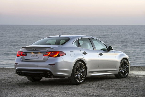 Infiniti-Q70-Premium-Select-Edition-Pebble-Beach