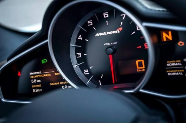 McLaren-650S-Spider-Nürburgring-24H-Edition-kevin-estre-2015-8