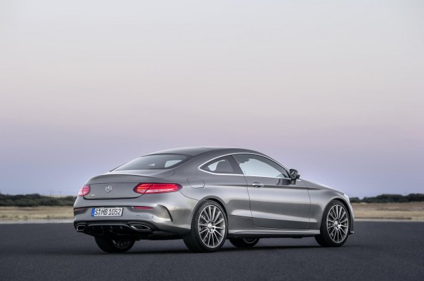 Mercedes-Benz-Classe-C-Coupe-2015-12