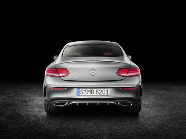 Mercedes-Benz-Classe-C-Coupe-2015-18