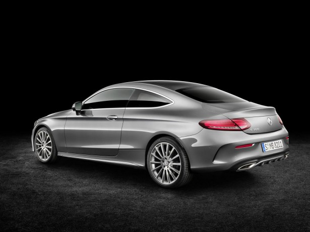 Mercedes-Benz-Classe-C-Coupe-2015-19