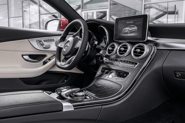 Mercedes-Benz-Classe-C-Coupe-2015-4