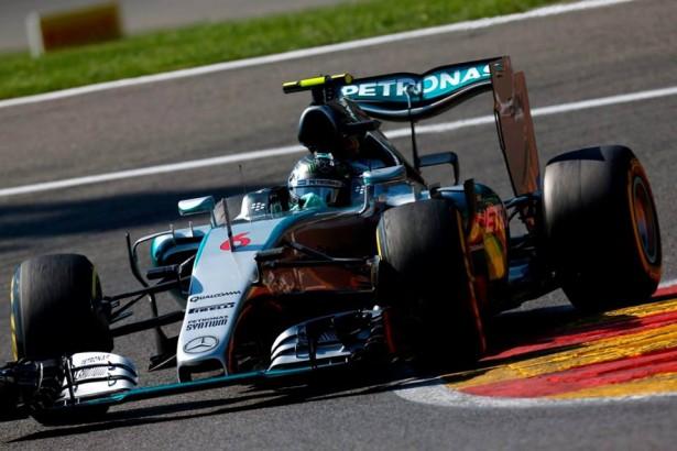 Mercedes-F1-grand-prix-belgique-2015-2-rosberg