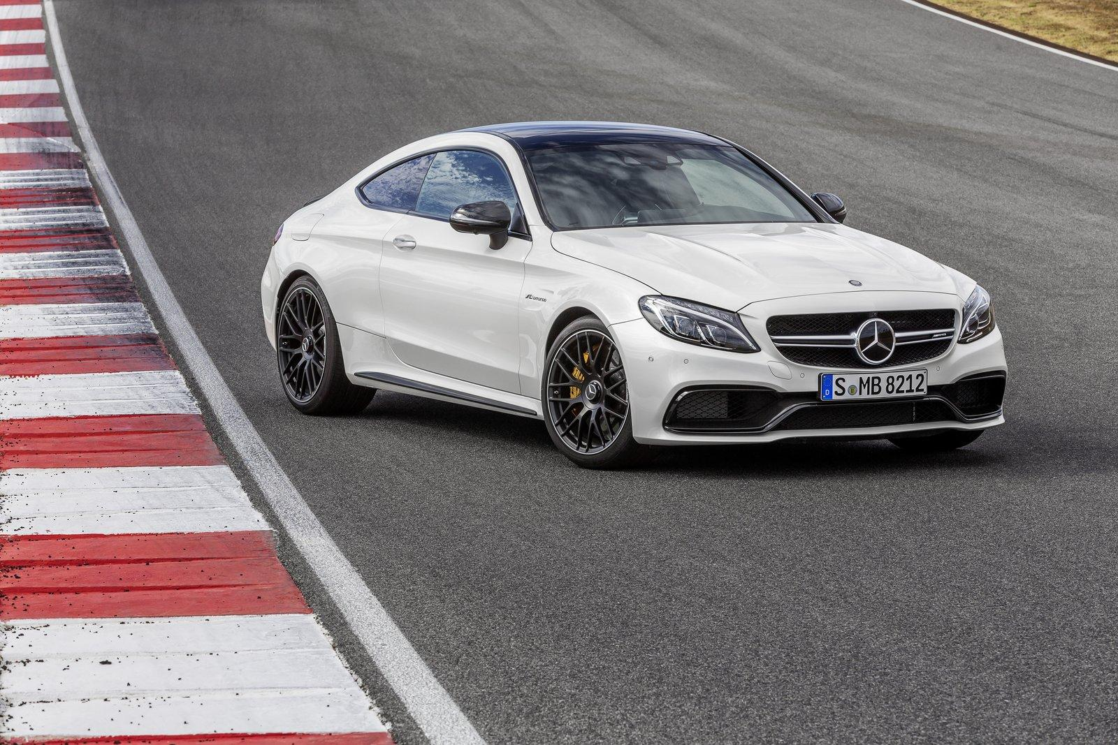 nouvelle-Mercedes-AMG-C63-AMG-Coupe-21