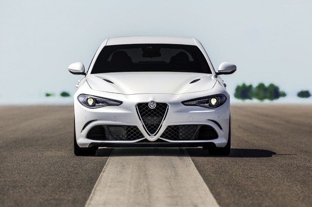 Alfa-Romeo-Giulia-quadrifoglio-francfort-2015-2