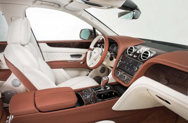 Bentley-Bentayga-2015-interior
