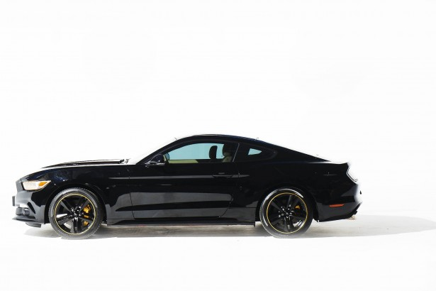 Ford-Mustang-Alexandre-vauthier-2