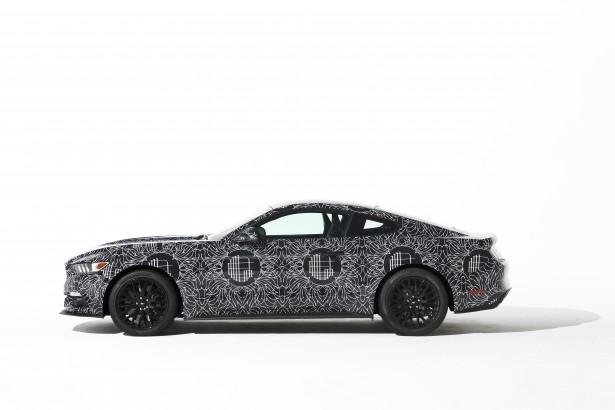 Ford-Mustang-LEncrerie-jay