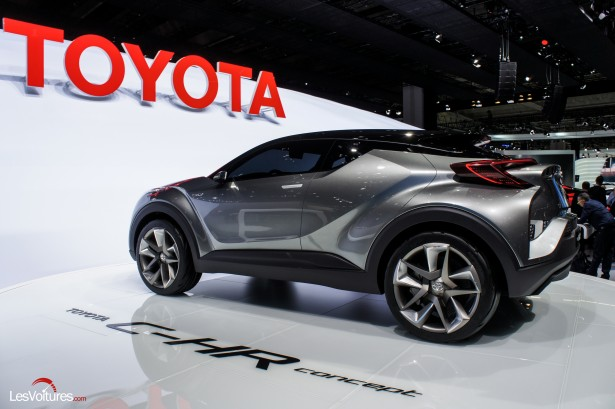 Francfort-2015-automobile-15-toyota-C-HR-Concept