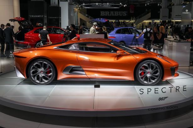Jaguar-c-x75-spectre-james-bond-007-6
