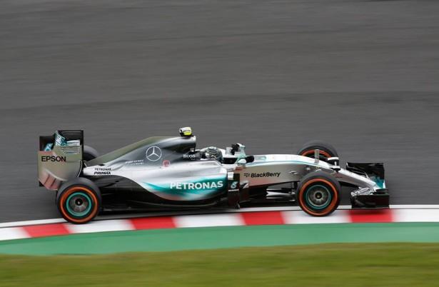 Lewis-hamilton-mercedes-f1-japon-2015