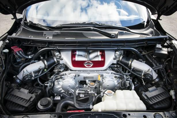 Nissan-Juke-R-2-0-Megeve-11