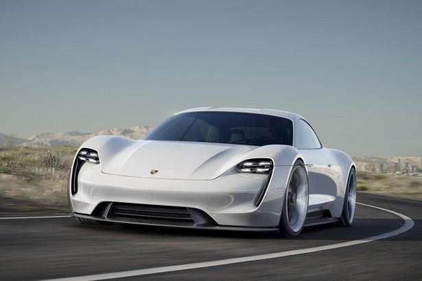 Porsche-mission-e-concept-francfort-2015-6
