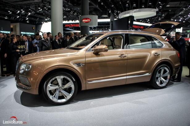 Salon-Francfort-2015--Bentley-Bentaygaautomobile-112